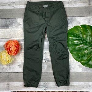 Athleta olive jogger Pants 12